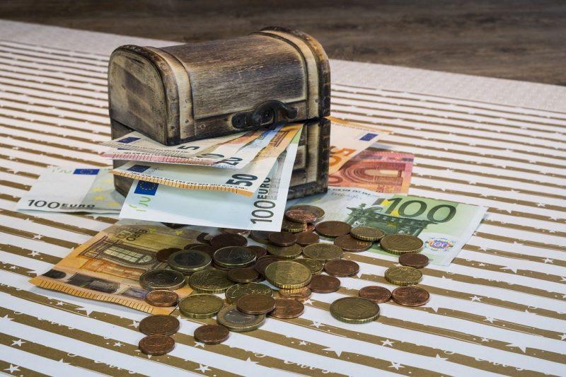 Les Français soignent leurs épargnes pendant le confinement